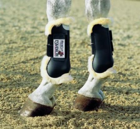 Eskadron flexisoft sheepskin tendon boot
